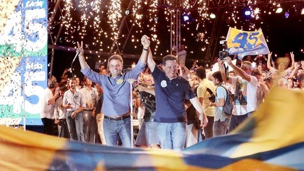 Aécio e Marconi durante a campanha de 2014, em Goiânia | Foto: reprodução / Facebook