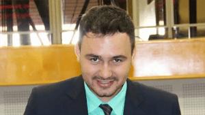 Mizair Lemes Jr. coloca seu nome para disputar convenção do PMDB   Foto: Câmara de Goiânia/Eduardo Nogueira