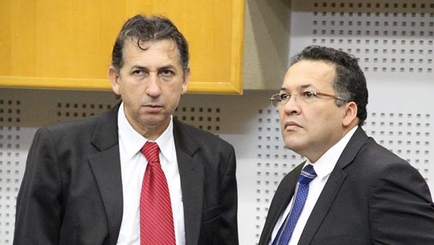 Paulo da Farmácia (à esquerda) e Divino Rodrigues votaram com o Paço Municipal e garantiram espaço do Pros   Foto: Alberto Maia/Câmara de Goiânia
