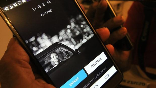 Prefeitura abre consulta pública para regularizar Uber em Goiânia