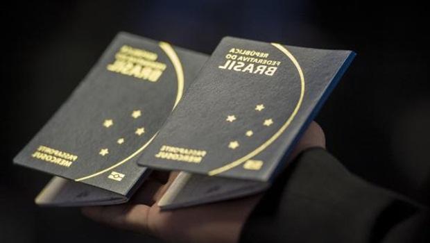 Polícia Federal já pode retomar emissão de passaportes
