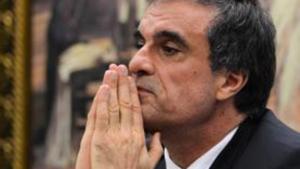 O ministro da Justiça, José Eduardo Cardozo, depõe na reunião da Comissão Parlamentar de Inquérito (CPI) da Petrobras | Foto: Valter Campanato/Agência Brasil