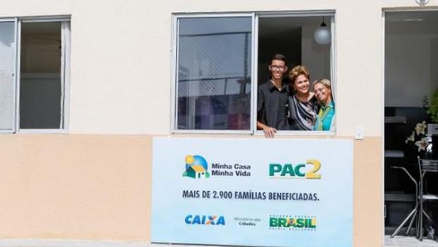 Dilma Rousseff entrega unidades do Programa Minha Casa, Minha Vida, em Maricá | Foto: Ichiro Guerra/PR