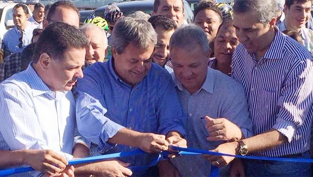 Marconi Perillo (à esquerda), Jayme Rincón, o prefeito de Senador Canedo, Misael Oliveira, e o vice-governador José Eliton | Foto: Reprodução/Twitter
