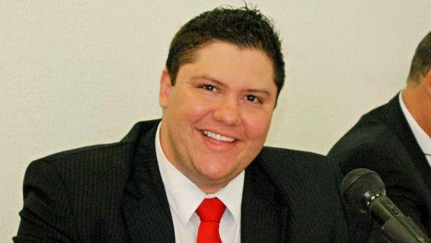 Jovem vereador Jangular Filho deve ser eleito presidente da Câmara de Anicuns