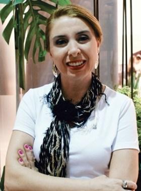 Professora Simone Tuzzo defende o tripé da Comunicação | Foto: Reprodução / Facebook