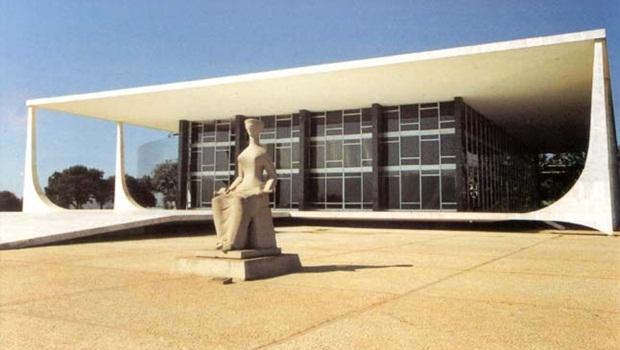 Deputados protocolam pedido de anulação da votação da maioridade penal