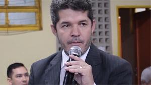 Delegado Waldir quer tratamento igualitário para pré-candidatos   Foto: Reprodução/Vídeo/Facebook