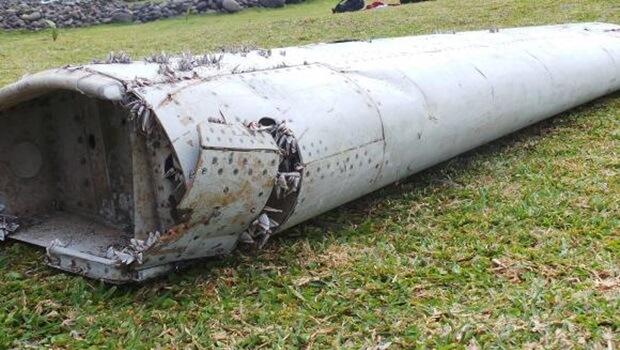Encontrados destroços de avião da Malaysia Airlines