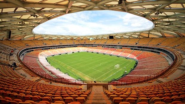 Arenas que custaram milhões estão às moscas depois da Copa do Mundo: desperdício que agrava a crise