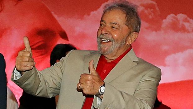 Lula aparece em grampo, falando sobre o BNDES com diretor da Odebrecht
