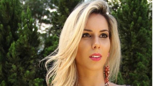 """Modelo fotográfica Bruna Cristine Menezes de Castro, mais conhecida como """"Barbie 171"""", usava seu charme nas redes sociais para lesar internautas. Seus golpes somaram um prejuízo de cerca de 300 mil reais"""