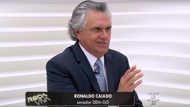 """Caiado: """"Basta extirpar o PT que a crise brasileira acaba"""""""