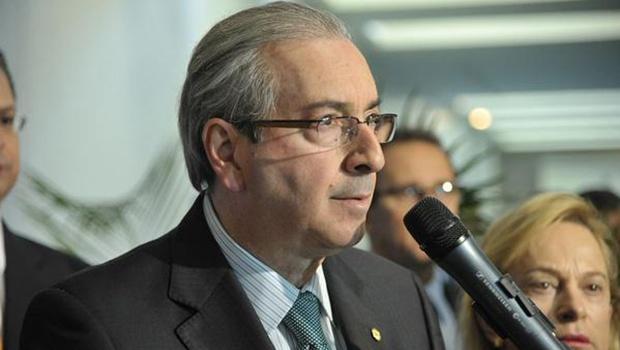 Pelo Twitter, Eduardo Cunha pediu que Câmara interpele advogada | Foto: Reprodução/Twtitter