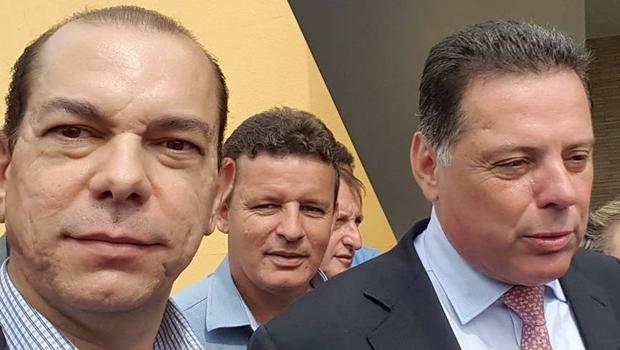 Fernando Vasconcelos e o governador Marconi Perillo no lançamento do Hugol, em Goiânia | Foto: reprodução / Facebook