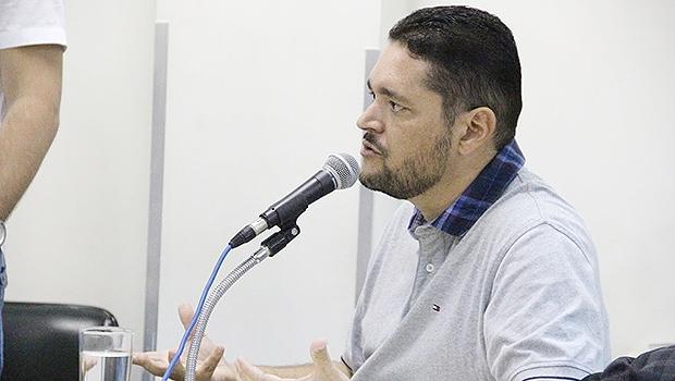 Servidor Jonas Guimarães fechou contrato com a Eurogroup | Foto: Alberto Maia/Câmara de Vereadores