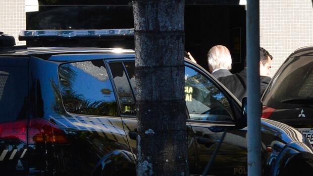 Polícia Federal prende José Dirceu em nova fase da Operação Lava Jato