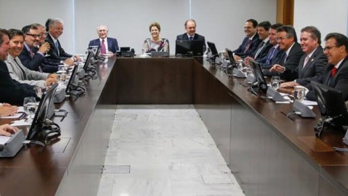 Dilma sanciona projeto de lei que altera indexador de dívida dos municípios