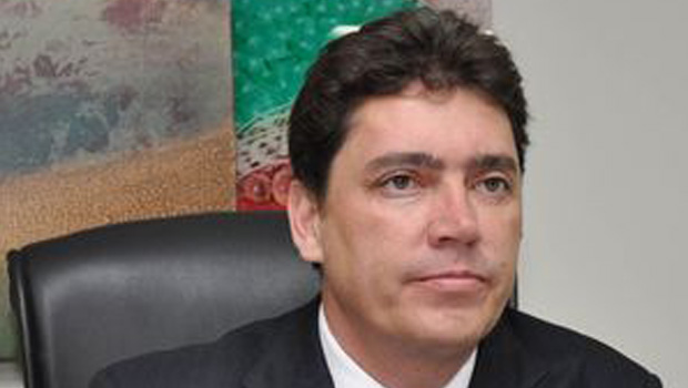 Atração do senador Wilder Morais para a base de Dilma Rousseff tem o dedo de Marconi Perillo