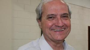"""Além de """"Os Vira-latas da Madrugada"""", Adelto Gonçalves é autor de vários outros livros"""