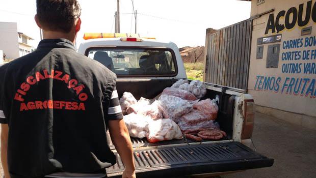 Sete toneladas de carne clandestina são apreendidas em Goiás