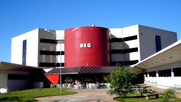 José Eliton inicia tratativas para que UEG ofereça cursos à distância