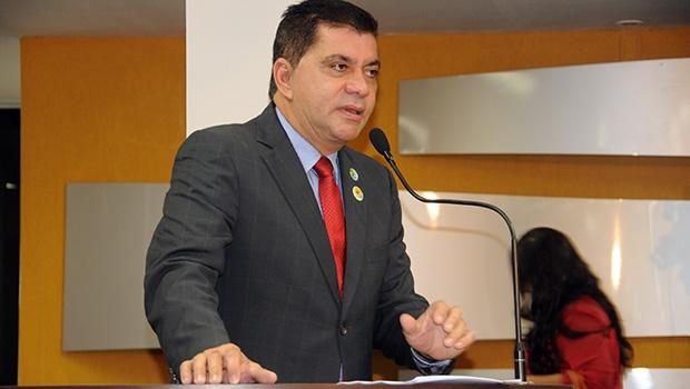 Prefeito Carlos Amastha: corte de gastos na máquina pública são a prioridade do governo neste tempo de crise