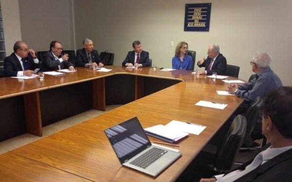 Secretária se reúne com representantes da Fieg | Foto: divulgação