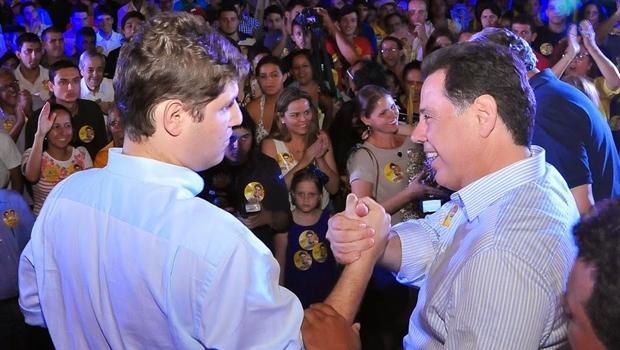 Lucas Calil e o governador Marconi Perillo; PSDB o espera   Foto: Lailson Damásio