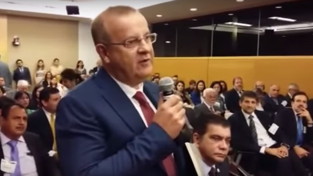 """Paulo Garcia diz que Goiânia vive """"experiência excepcional no País"""""""