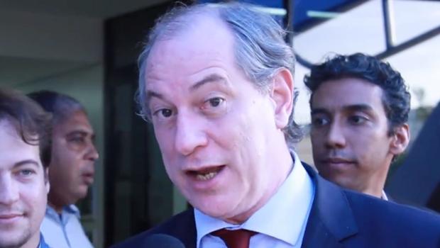 """Ciro Gomes acusa PSDB de estar orquestrando o golpe por """"pura vingança"""""""
