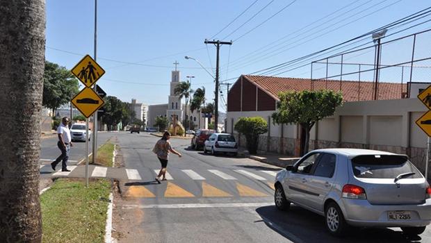 Lombofaixa traz mais segurança no trânsito, diz diretor da CMTT