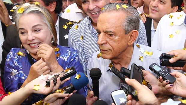 Dona Íris e o marido, Iris:  correndo em duas raias | Foto: Fernando Leite / Jornal Opção