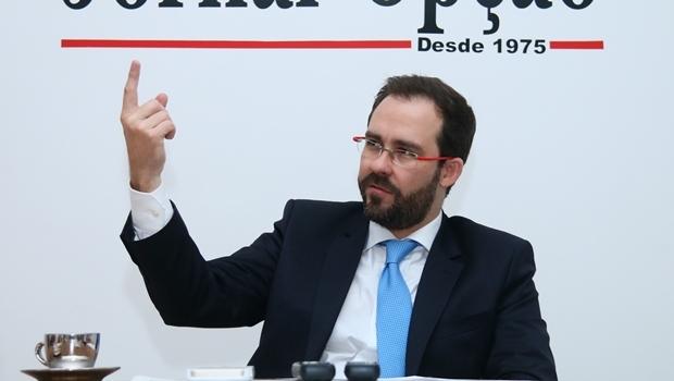 """Lúcio Flávio está sempre """" dando aula""""   Foto: Fernando Leite / Jornal Opção"""