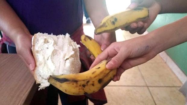 Foto de 1º de setembro mostra alimentação na Escola Municipal José Carlos Pimenta | Foto: Reprodução/Facebook