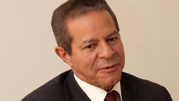 Simão Cirineu é cotado para a Casa Civil do governo de José Eliton