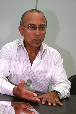 Ilesio Inacio Presid. da Ademi Ed Peliukano 14=07=09 (4)