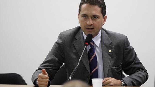 Carapô rompe com Humberto Machado e MDB pode bancar Leandro Vilela para prefeito em Jataí