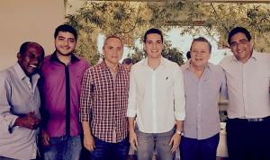 Luiz Bittencourt com Jovair Arantes e outros