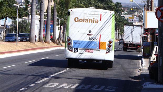"""""""Tirar a exclusividade dos ônibus é um retrocesso"""", avalia secretário da SMT"""