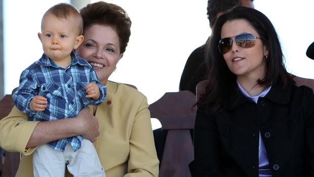 Dilma vai passar o Natal com a família em Porto Alegre