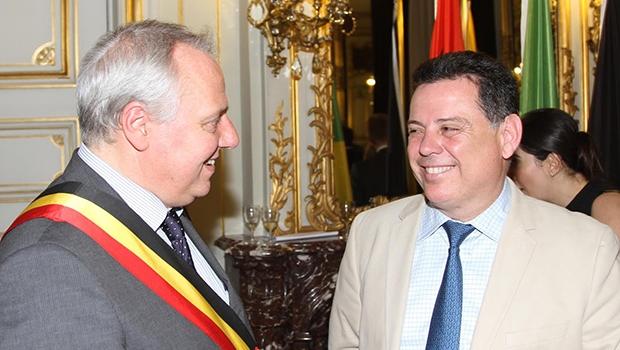 Marconi Perillo (dir) com Herve Jamas;, governador da província de Liege | Foto: Marcos Vila Boa