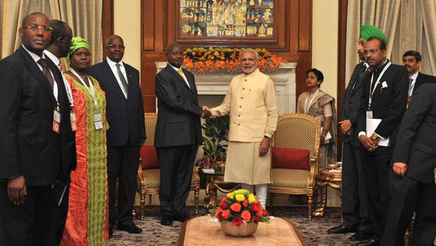 Índia promete à África US$ 10 bilhões para reduzir exclusão digital