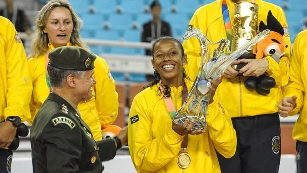 Equipe feminina de vôlei, que venceu a China por 3 a 0 e conquistou o ouro | Foto: Fernando Barra / MD