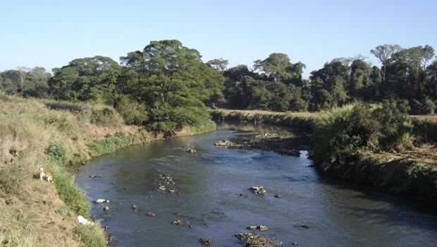 Indústrias e agricultores serão afetados por restrição de captação de água do Meia Ponte