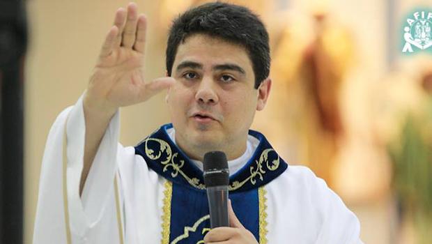 Juíza nega destruição de provas pedida por Padre Robson