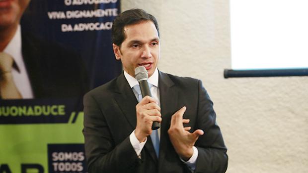 Procurador nacional ministra palestra em comitê