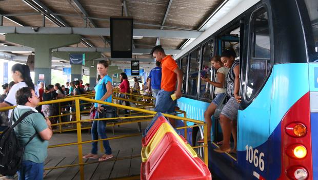 Prefeitura anuncia retirada de plataformas de madeira no Terminal Vera Cruz