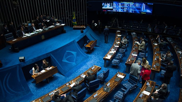 Plenário do Senado analisa a MP que estende até 2018 a aposentadoria pela regra conhecida como 85/95 | Fabio Rodrigues Pozzebom/Agência Brasil