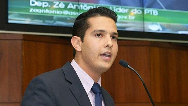 Deputado Zé Antônio cobrou apoio do governador, do vice e da base | Carlos Costa/Assembleia